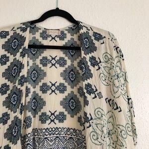 Altar'd State Sweaters - Altar'd State Aztec Print Boho Kimono Blue/Cream M